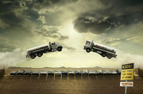 Hotwheels-3 500 Creative And Cool Advertisement Ideas
