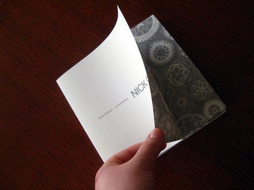 Inspiración del diseño del folleto Nick-Cave (64 ejemplos del folleto moderno)