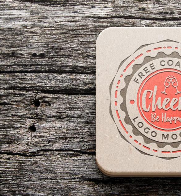Coaster-Mockup-P plantillas de maquetas de logotipos para descargar y usar para presentar sus logotipos