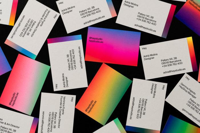 HeyCardshey01-700x467 Empresas de diseño gráfico cuyo trabajo debe revisar