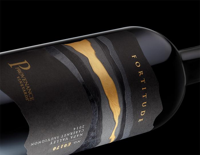 Stranger_Fortitude_detail_F Cómo diseñar etiquetas de vino para atraer la atención de los clientes