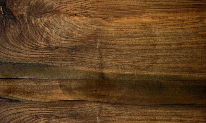 Wood-Background-Photo-700x418 Texturas de fondo de madera que puede agregar en sus diseños