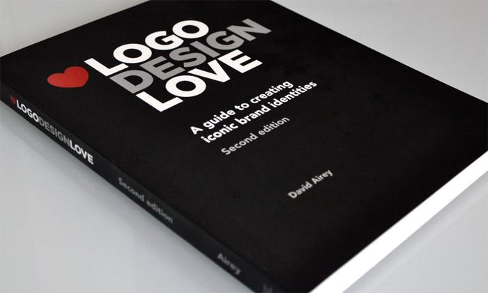 logo-love-design-book-logo - 700x420 Libros de diseño de logotipos que te ayudarán a convertirte en un mejor diseñador de logotipos