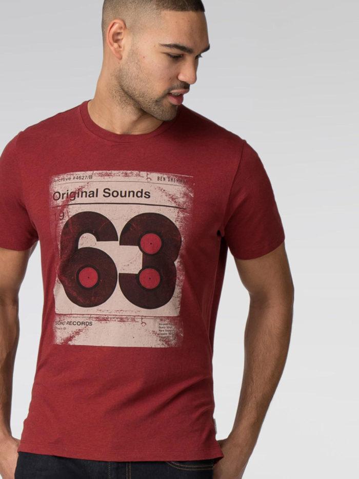 Vinyl-63-Graphic-700x933 Cómo diseñar una camiseta: la mejor guía en línea