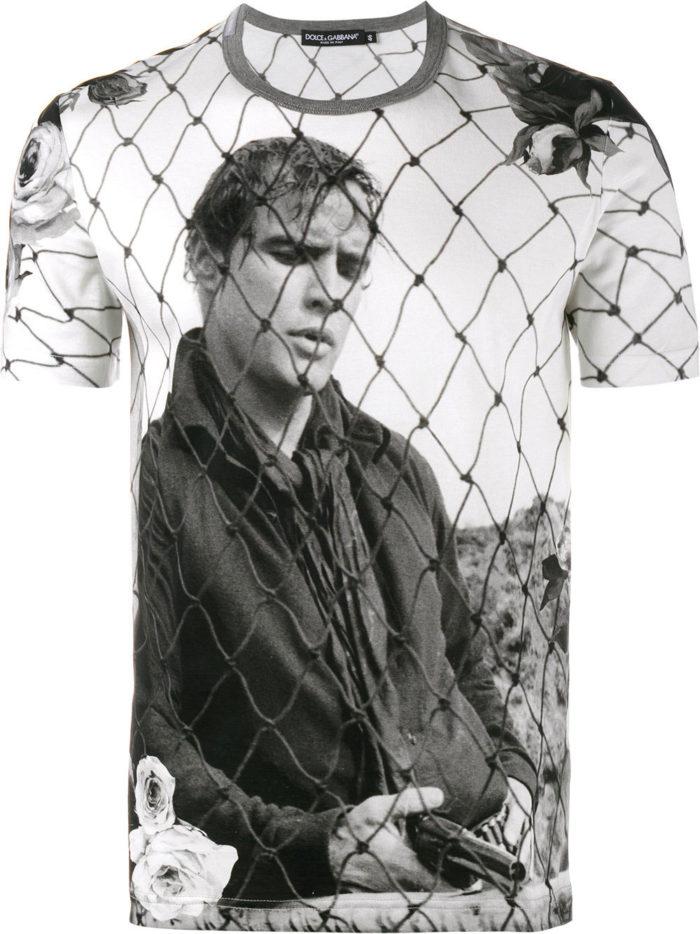 photo-700x934 Cómo diseñar una camiseta: la mejor guía en línea
