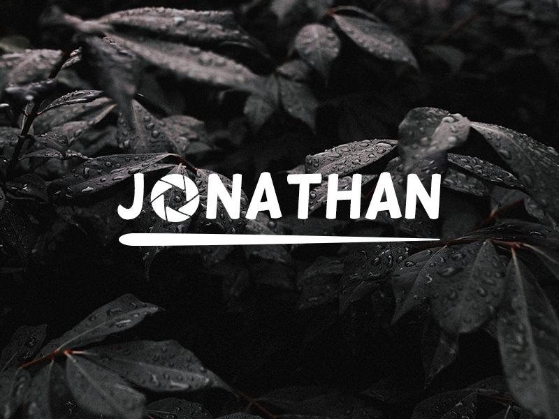 Logotipo basado en el nombre con apertura