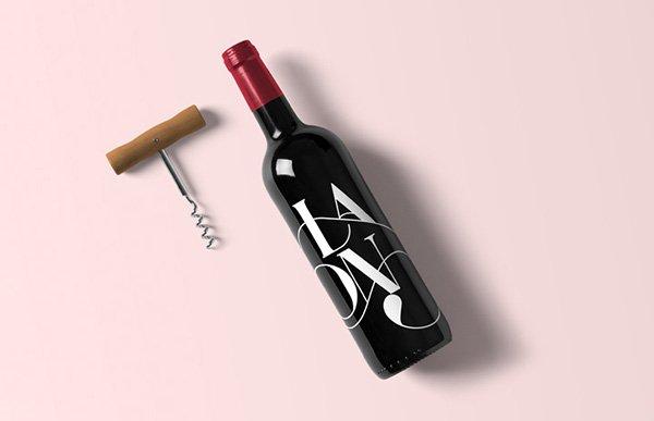 Maqueta de botella de vino gratis