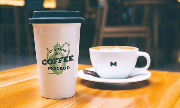 Taza y taza de café - Plantilla de maqueta PSD gratis