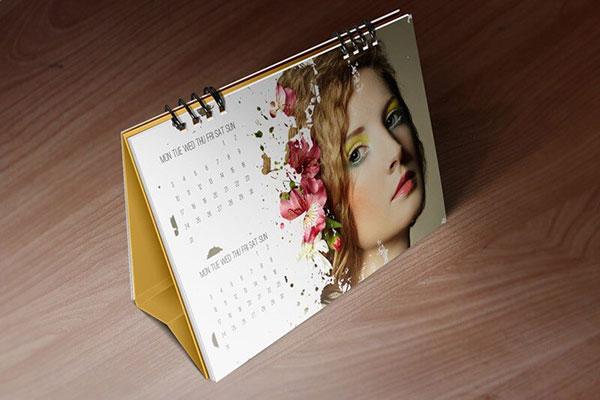 Escritorio-Calendario-Maquetas-por-Vectogravic-03
