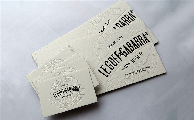 diseño de tarjeta de visita tipográfica ciega