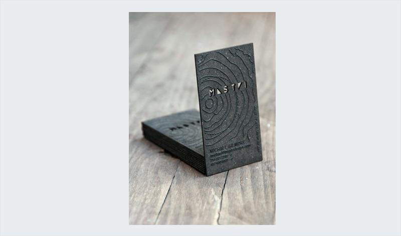 diseño de tarjeta de visita de alivio de papel grueso personalizado