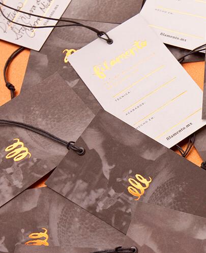 diseño gráfico en 2020 - Ejemplo de aspecto dorado y metal 5